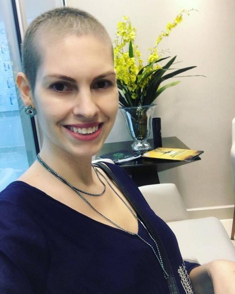 Daniela Domingues descobriu o câncer de mama durante autoexame (Foto: Daniela Domingues/Arquivo Pessoal)