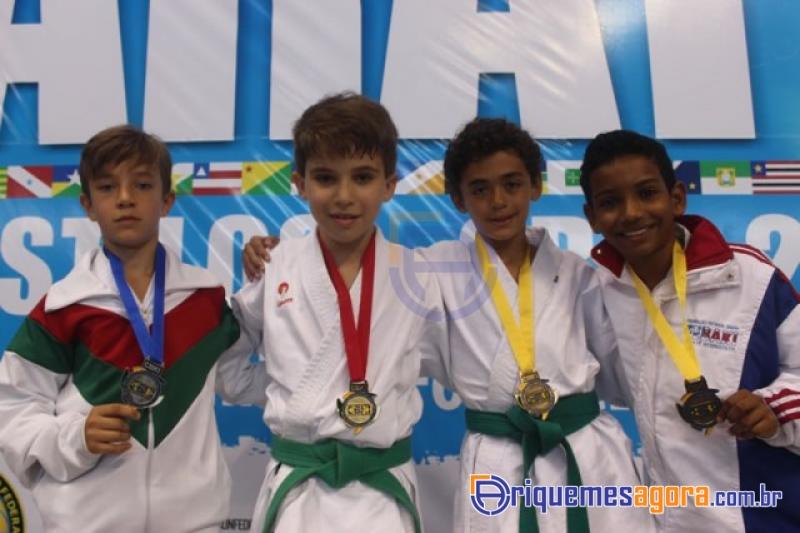 Karate de Ariquemes é Bi-Campeão Brasileiro (Foto: Plantão Esportivo)