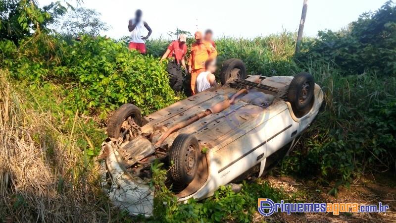 ACIDENTE NA BR-364 – Condutor tentou ultrapassagem e saiu da pista